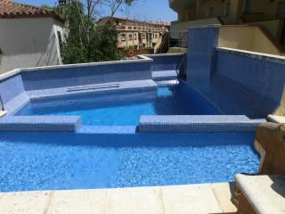 Tossa Holiday House