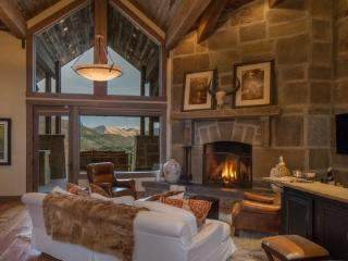 107 Arapaho: Beautiful 7,500 Square Foot Estate with Mountain Views, Ketchum