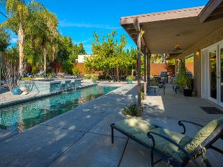 Beautifully Remodeled Palm Springs Gem!