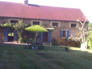 Langlade.  Beautiful Stone Country House 3 bedrms, Les Eyzies de Tayac