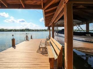 Beautiful home w/ a private dock, lake access, pets OK!, Lake Placid