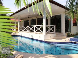 Villas for rent in Hua Hin: V6188