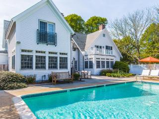 YASED - STUNNING EDGARTOWN VILLAGE LUXURY COMPOUND WITH POOL, ALL NEWLY UPDATED, COASTAL CONTEMPORARY DECOR, Edgartown