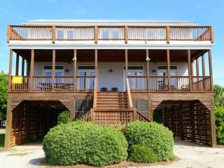 "2204 Palmetto Blvd.- ""Loafer's Glory"", Edisto Island"