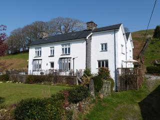 Plas Rhiwlas: Hot tub, Woodburner & Views - 207632, Machynlleth