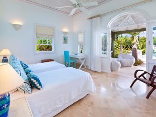 Sugar Hill - Go Easy: Stunning Private Villa