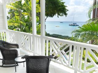 Mahogany Bay - Chanel No.5: Steps from the Beach