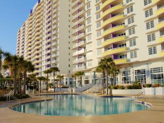 Ocean Walk Deluxe condo w/ private balcony, shared pool, hot tub, beach, and