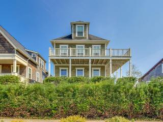 Gorgeous Olivia Beach home room for 12!, Lincoln City