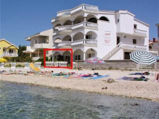 Villa Maria apartments - house on the beach STY, Vir