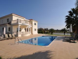 Villa 649, Paphos