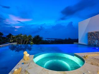 Villa HaiYi with Infinity Pool, Chaweng