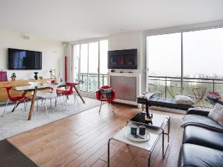 Buttes Chaumont View apartment in 19ème - Buttes-…