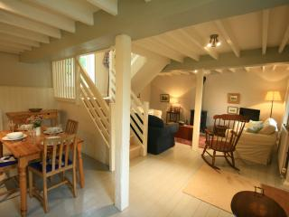 Cider Press Cottage, Priston Village nr Bath