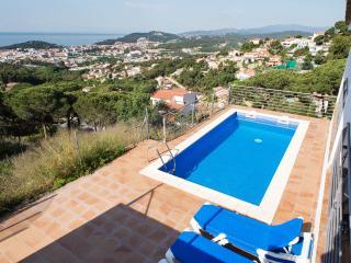 Villa Yaco con vistas al mar