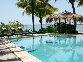 Salida Del Sol - Waterfront Key West Resort