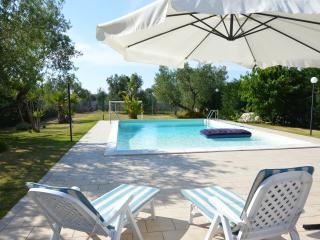 Villetta indipendente con piscina privata