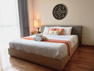 Spacious bedroom. King-size bed with high quality linen to give you most comfortable rest.