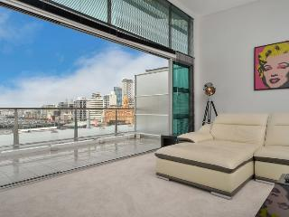 Contemporary Penthouse Condo on Princes Wharf with Harbour Views, Auckland, Auckland Central