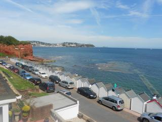 Beachwalk ,Two minute stroll from paignton beaches