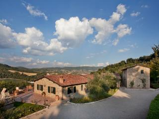 LUXURY VILLA IN THE VERY HEART OF UMBRIA, Gaglietole
