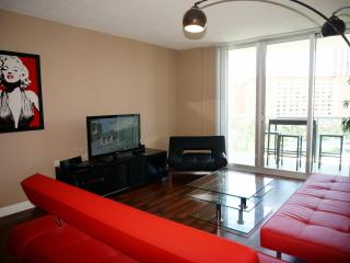 DIRECT OCEAN VIEW 1 BEDROOM ON 8TH FL, Sunny Isles Beach