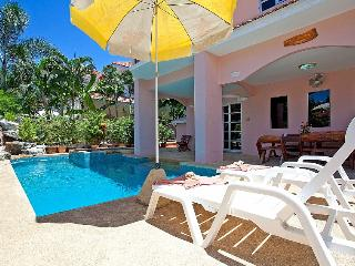 4 bed family pool villa 1km to beach, Jomtien Beach