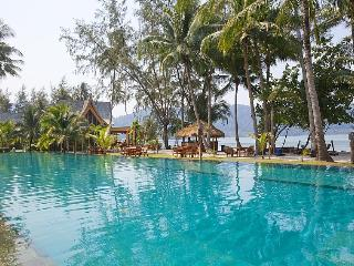 Koh Chang Holiday Villa BL***********
