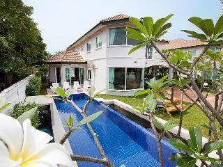Wonder Villa A, Pattaya