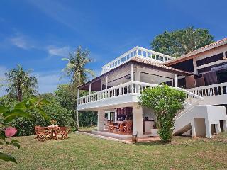Villa Anantinee, Ko He