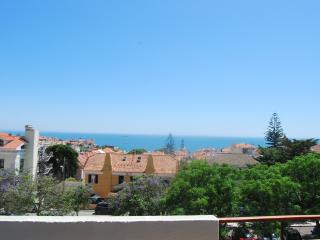 Estoril, 5min Beach, seaview, modern and clean