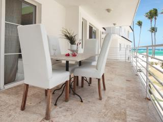 Palmera Apartament Ocean View,Private Beach, Punta Cana