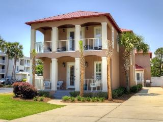 8 BR Beach House with Ocean View & Heated Pool!, Destin