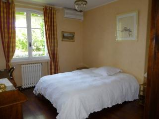 Single room by the sea, Pietranera