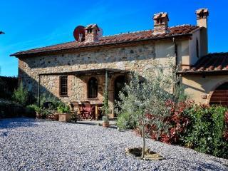 Lovingly restored stone-built Tuscan barn, San Gimignano