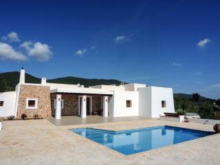 Casa con encanto en plena naturaleza, Sant Carles de Peralta