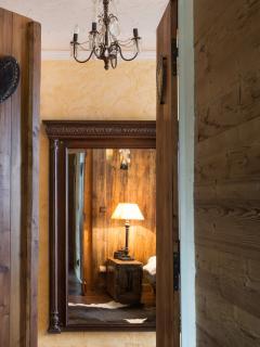 A stunning room behind every door!