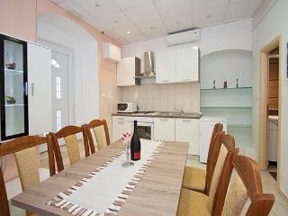 apartment, Split