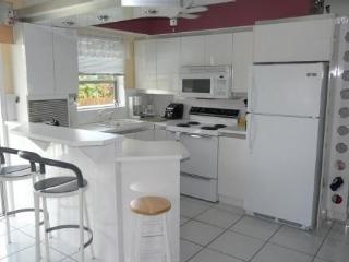 Beautiful modern apartment, bright and functional, Fort Lauderdale