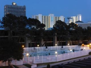 Biggest pool in OC, 2 bl. to beach! 7/8 wk.avail. some Aug dates avail.