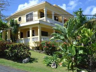 Casa D Palma -Walking distance to Sandy Beach, Rincón