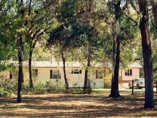 Relax in the Heart of Old Florida, Fort McCoy