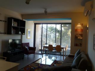 Modernly Designed and Fashionably Equipped-Baka, Jerusalem