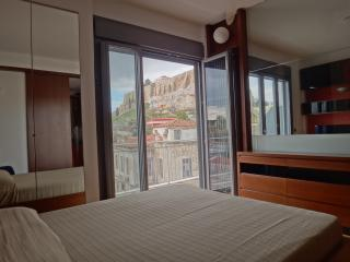 Breathtaking Acropolis View Suite in Plaka!, Atenas