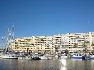 Port Roussillon, Saint-Cyprien