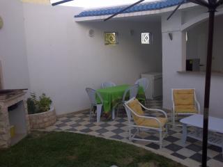 Coquettre villa, Hammamet centre
