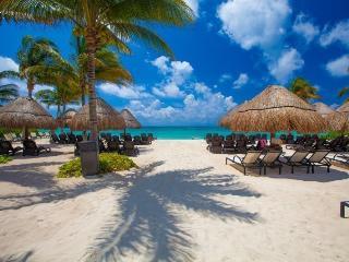 Coco Luna en los elementos, Playa del Carmen