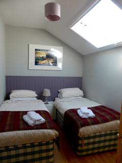 Bedroom 2 (kingsize or twin)