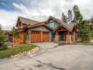 Mountain Thunder Lodge 3 bedroom - Ski In, Breckenridge