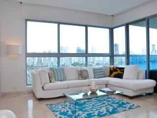 Beautiful 3 Bedroom Penthouse, Cartagena